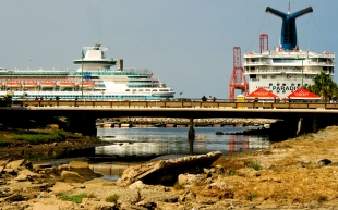 boat-parking_2552004647_o