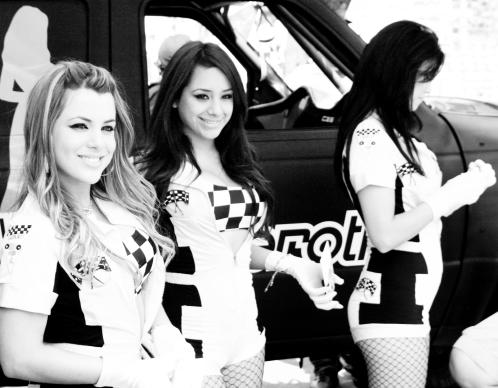 car-girls8017_3600766686_o
